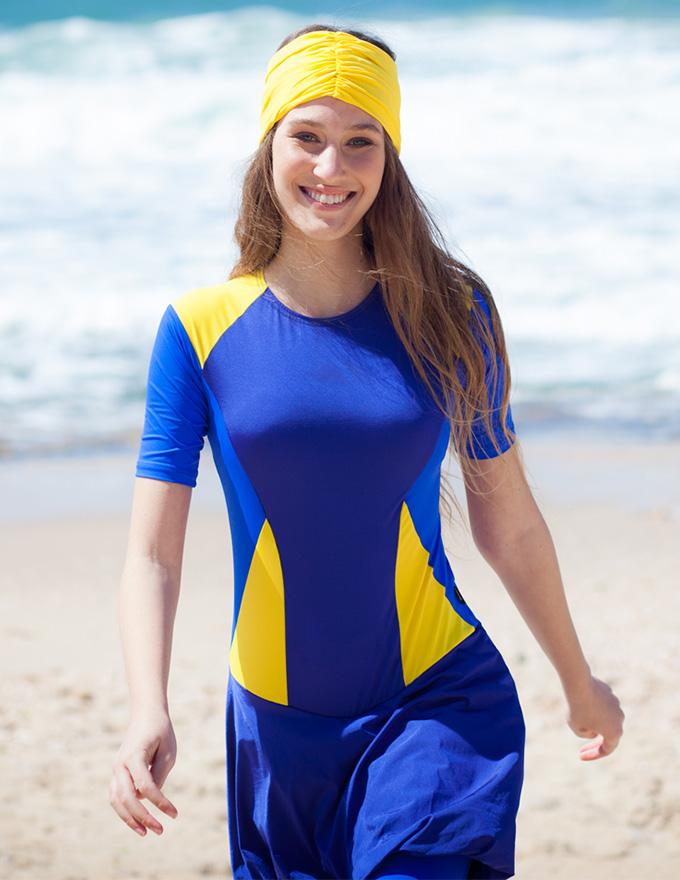 בגד ים שלם בצבע כחול וצהוב